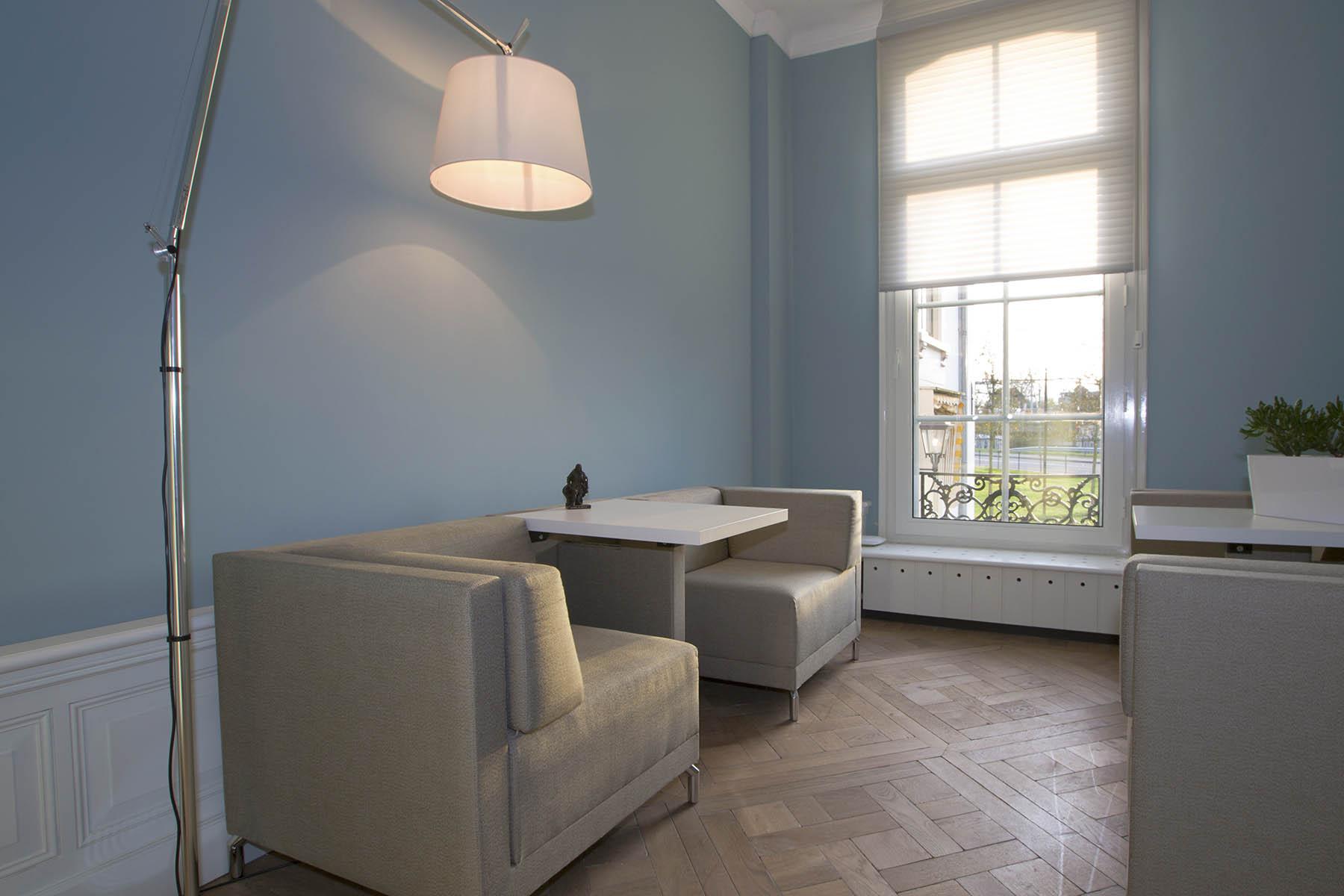 Oom-verzekeringen-interieurconcept-suzanne-holtz-studio-005-fotografie-Matthijs-Borghgraef